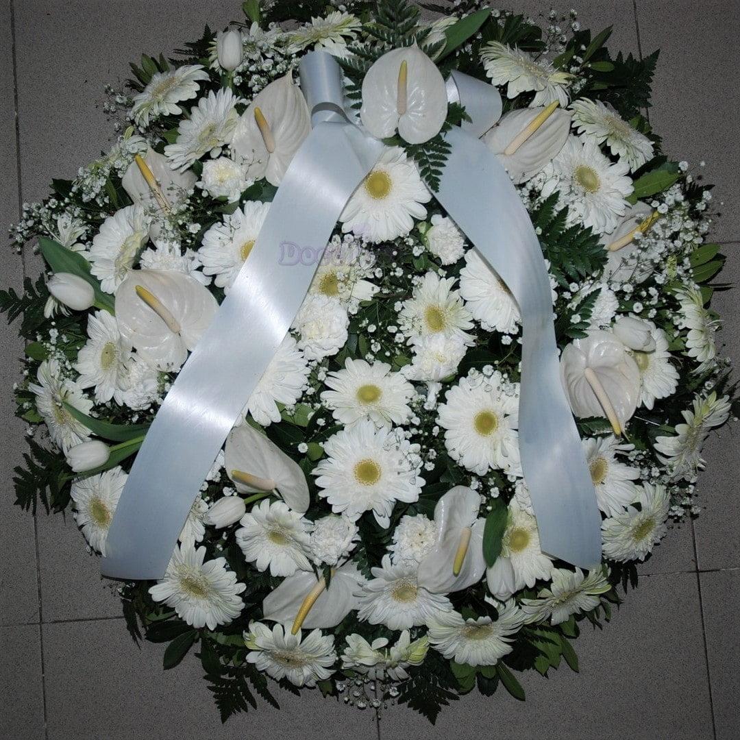 Coroa de Funeral M em tons brancos