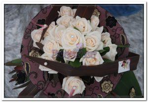 Bouquet de Rosas e Renda