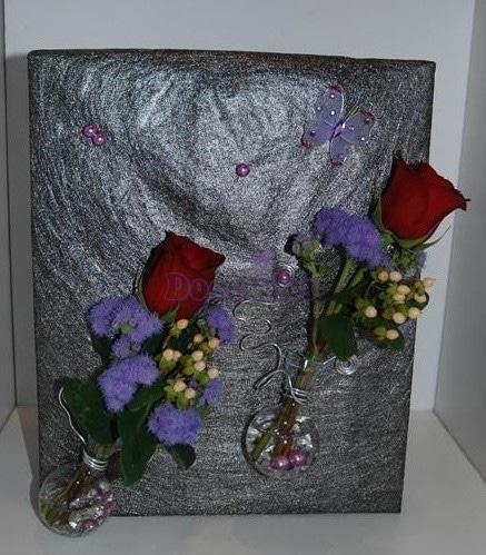 216 Embrulho com rosas vermelhas