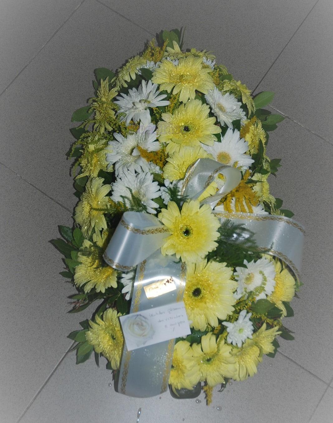 Palma de Funeral com gerberas
